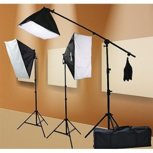 2000 Watt Lighting Kit With Boom Arm Hairlight Softbox Lighting Kit 9004SB-0